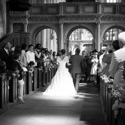 La mariée dans l'église